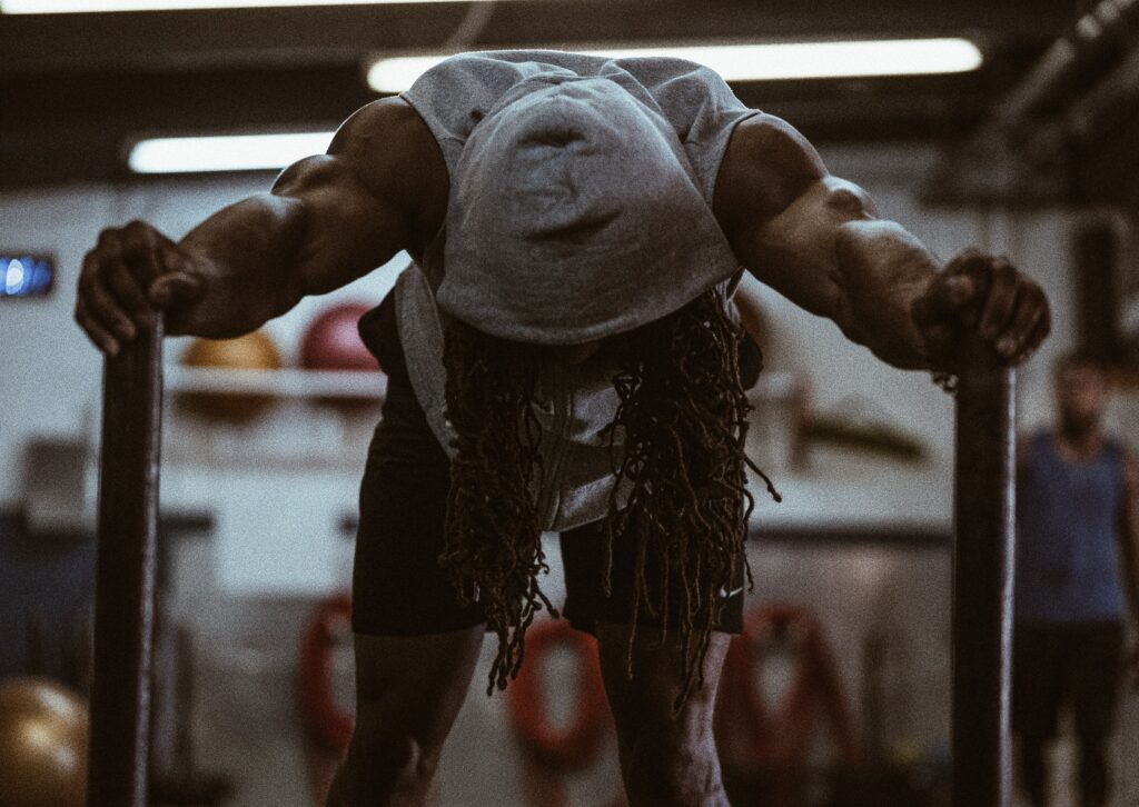 Strong man dad bod exercise black man gym attractive photo profile kinky lifestyle