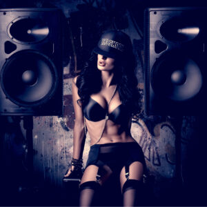 speakers sexy woman hat black for blog post on music